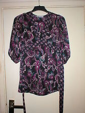 SELECT LADIES TOP IN BLACK WITH PURPLE PAISLEY DESIGN SIZE 10.