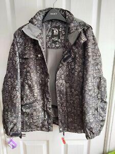 Shredz Boardwear Jacket 164 Skull And Crossbones Mens Medium snowproof windproof