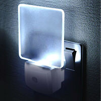 LED Night Light Lamp Plug in With Auto Dusk to Dawn Sensor for Bedroom Hallway