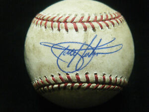 Todd Helton Colorado Rockies signed MLB Authenticated game used baseball