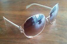 SOUTHPOLE Women's 420SP Sunglasses Gold Wire & White Fleur-de-lis HHSPL0520-A