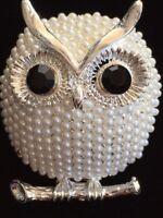 "SILVER WHITE PEARL OMEGA BRANCH HOOTIE HOOT OWL BIRD PIN BROOCH JEWELRY 1.75"" 3D"