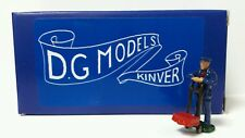 OO 1/76 4mm 1930s RAILWAY PORTER & SACK TRUCK FIGURE METAL MODEL HAND MADE UK