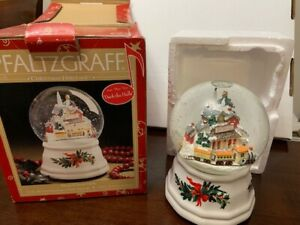 "Pfaltzgraff Christmas Heritage Musical Snow Globe~Plays ""Deck The Halls"""