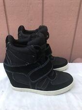 EUC Zigi Soho Kickin Stud Black Hidden Wedge Fashion Sneaker Size US 7.5 A1