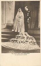 POSTCARD  ROYALTY   The Royal  Bride & Bridegroom
