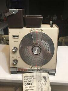 Rare Dole 300 Grain Moisture Tester in Hard Storage Case w/Original Manual