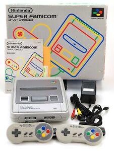 Nintendo Super Famicom NTSC-J Konsole mit 2 org. Controller, Kabeln, Anl. & OVP