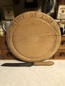 "ANTIQUE ROUND 12"" ~""STAFF OF LIFE"" Bread Board  & Knife ~~Rare!!"