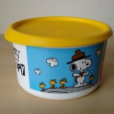 Tupperware Many Faces Of Snoopy Canister One Touch Seal 6 Cup New