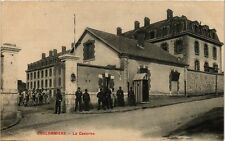 CPA  Coulommiers - La Caserne   (249713)