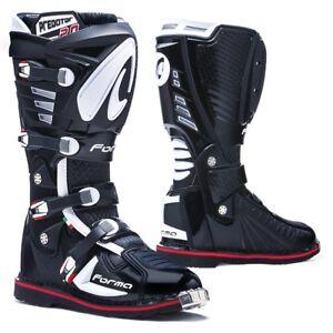 motocross boots | Forma Predator 2.0 black pro tech motorcycle mx offroad dirt