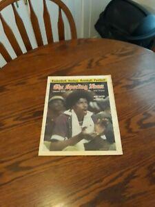 FEBRUARY 12,1977-THE SPORTING NEWS-JULIUS ERVING OF THE PHILADELPHIA 76er's(NM)