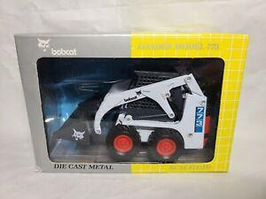 Bobcat 773 Skid Loader Yellow Box Clover 6724381 - Diecast 1:25 Scale Model NIB