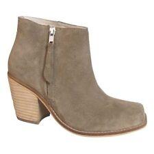 "1 3/4"" to 2 3/4"" Med Heel Women's Solid Boots"