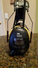 3M Tekk WorkTunes AM/FM Hearing Protector Earmuff Radio Headset LCD Display
