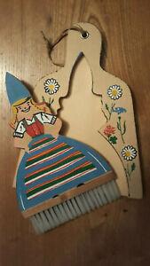 Ramasse miettes ancien en bois
