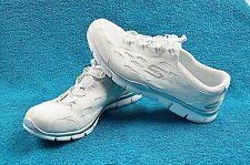 Skechers Air Cooled Memory Foam Sneakers Slip On Shoes Women's White - Size 9