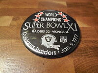 SUPER BOWL XI PINBACK BUTTON - Oakland Raiders vs Minnesota Vikings (3.5-inch)