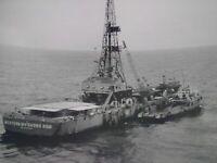Exploration pétroliere TOTAL années 50-60 photo grand format bateau de forage