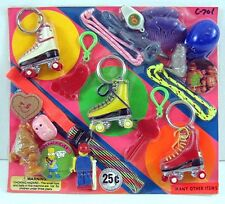 Roller Derby Mini Figs Bracelet Pins Toys Gumball Vending Machine Disp Card #69