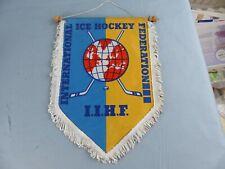 FANION PENNANT ICE HOCKEY GLACE I.I.H.F INTERNATIONAL FEDERATION WIMPEL BANDERIN