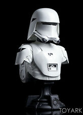 Star Wars Gentle Giant FIRST ORDER SNOWTROOPER Bust Figure Gamestop Exclusive