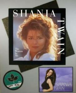 SHANIA TWAIN 1995 THE WOMAN IN ME MATTED POSTER & BACKSTAGE PASS / EX 2 NMT