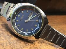 Vintage Citizen 43 mm Automatic Day / Date - GN-4-S / 51-1811. Blue Dial.