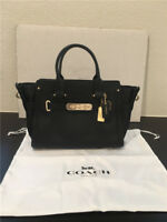 COACH SWAGGER 27 IN PEBBLE LEATHER WOMEN'S BLACK/GOLD LEATHER CLASSIC BAG F34816