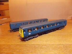 LIMA L205136 CLASS 117 2-CAR DIESEL MULTIPLE UNIT in BR Blue Livery.