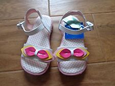 SONOMA toddler/kids NWT sz 9 white sandals with yellow/pink flower & straps