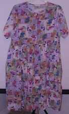 Day In Day Out * House Dress * Large ~ Multi Color Flowers ~ Short Sleeves