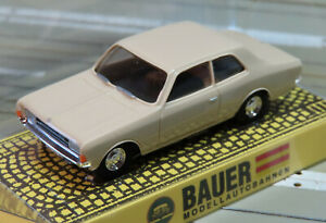 Für H0 Slotcar Modellbahn - Opel Rekord, kompatibel mit Faller AMS Bahn (DEZ429)