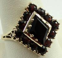 Vintage 10K Gold Ring Fancy Cut Garnet Prong Set Size 10