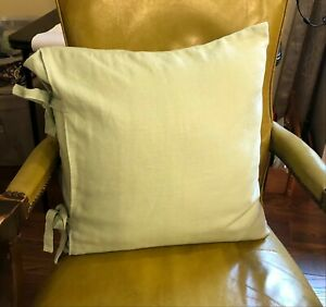 Pottery Barn Linen Pillow Cover 18 x 18 with Room Essential Pillow Insert