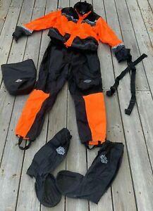 HARLEY DAVIDSON Hi Vi Rain Suit  XL & Rain Gators