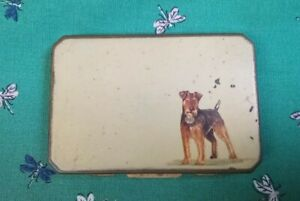 Vintage Stratton Powder Compact With Mirror With Terrier Design