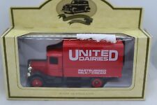 Lledo Days Gone Mack Canvas Back with United Dairies Decals