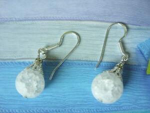 10 mm Bergkristall Crack Edelstein Ohrringe gefrostet mit 925 Silber Ohrhaken