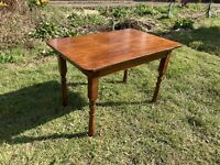 Vintage Dark Wooden Turned Leg Side Occasional Coffee Table