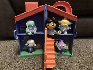 Playskool Moon and Me Take & Go Toy House Playset Full 5 figure Set