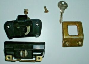 Glove box latch, striker, handle and key from 1984 BMW 733i, E23