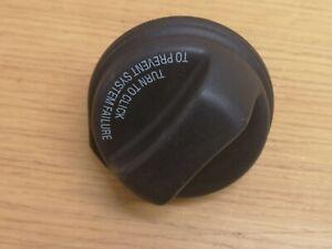 Genuin VOLVO S40 S60 S70 S80 C70 V40 V50 V70 XC60 PETROL DIESEL SCREW FUEL CAP >