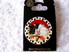 Disney * CRUELLA - VILLAIN SERIES - DALMATIANS * New on Card Trading Pin