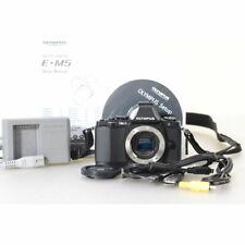 Olympus OM-D E-M5 16.1MP Digitalkamera / Gehäuse / Kamera - 951 Auslösungen