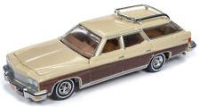 1974 Buick Estate Station Wagon  Beige /Woody  **RR** Auto World 1:64 NEU+OVP