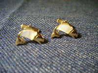 Rare Vintage SWANK Gold Plated Mother Of Pearl Bass Fish Men's Cuff Links  EUC