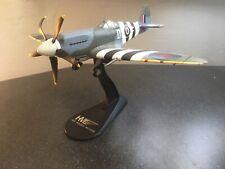 1/48 Hobbymaster HA7103 – Supermarine Spitfire Mk XIV – RM656, 1944