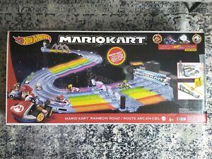 Hot Wheels Mario Kart Rainbow Road King Boo Raceway Race Track Set New IN HAND